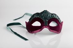HOBBY / Venetian masks on the Behance Network #carnival #emenova #venice #craft #mask