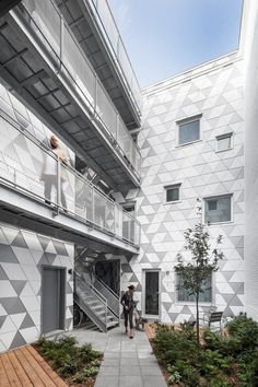 Contemporary Residential Building of Five Housing Units: La Géode by ADHOC Architects 4