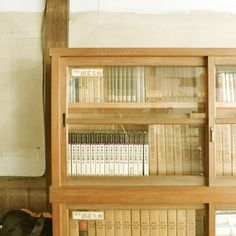 旧小学 | Flickr - Photo Sharing! #old #bookshelf #school #wood #vintage #japan