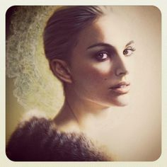 supersonic electronic / art #portman #warmth #fur #portrait #natalie #painting