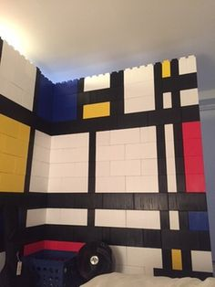 Who doesn't like Mondrian. Cool modular wall from EverBlock #mondrian #wall #modular #blocks #colorful #colorblock