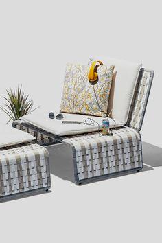 Modern outdoor lounge chair / Stori Modern