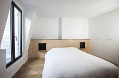 Apartment at Opéra by Alia Bengana #interior #minimalist #bedroom