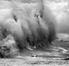 tumblr_lde9b5w25h1qd6hzlo1_500.jpg (500×476) #epic #surf #wave