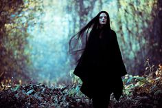 Zhang Jingna Motherland Chronicles 4.jpg (1200×800) #zhang #woods #jingna #portrait #chronicles #motherland #dark