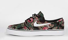 Digital Floral, son! #schoes #nike #floral #digital
