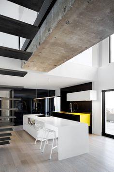 Habitat 67 – Minimalist Apartment Design