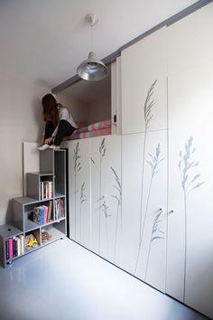 Tiny apartment in Paris KitoKo Studio transform 8 square meters - www. homeworlddesign. com (2) #interior #tiny #design #studio