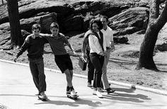 billeppridgeskateboardinginnyc_06.jpeg #b&w #oldschool #skateboard #1960s #york #nyc #new