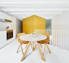 Barcelona Duplex by Raul Sanchez Architects 7