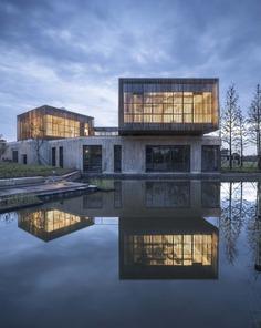 Jingjiang Folklore Museum / Zhaohui Rong Studio