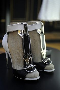 Givenchy Haute Couture #buckle #heels