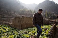 Rocky Transition From Farm to Town in China Slide Show NYTimes.com #reportage #photo #china