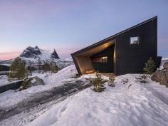 Efjord Cabin Retreat by Stinessen Arkitektur 7