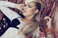 Fashion Photography by Lina Tesch | Professional Photography Blog #fashion #photography #inspiration