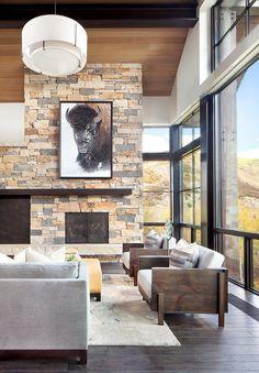Boulder Ridge Mountain Retreat Featuring Contemporary Elegance 2