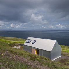 Tinhouse – Rural House on the Isle of Skye / Scotland