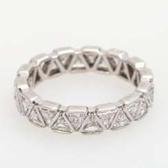 Eternity ring m. Diam. in triangle cut