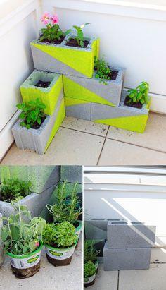 DIY Garden concrete blocks