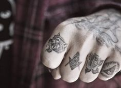 Schedvin #tattoo #ink #fingers