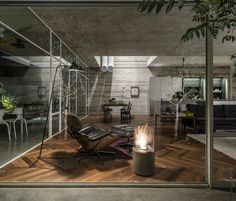 Suspended Patio House by 3322 Studio 10