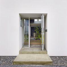 Dezeen » Blog Archive » House in Masaki by Hayato Komatsu Architects #architecture