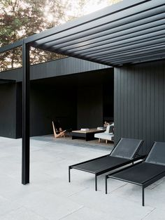 CD Poolhouse by Marc Merckx. #patio #minimalism #marcmerckx