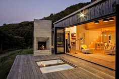Modern Family Retreat House Inspired by New Zealand's Backcountry Huts 4