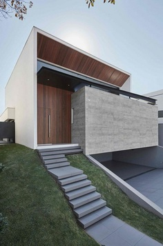 An imposing Example of Modern Brazilian Architecture Cumaru House 1