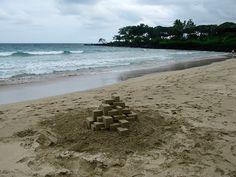 Geometric Sandcastles – Fubiz™ #sandcastle