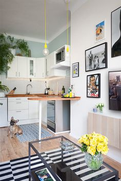 A COLORFUL, BUDGET-FRIENDLY APARTMENT IN PRAGUE