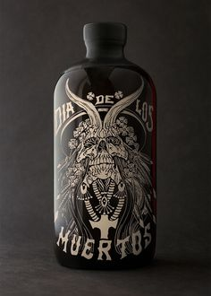 Dia De Los Muertos ~ Spiced Rum Packaging ~ Auston Design Group #Rum #AlexMatus #illustration #Packaging
