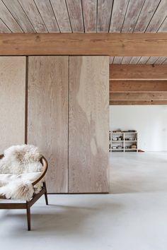 North Vancouver House by Scott & Scott Architects. #scottandscottarchitects #livingroom #minimal