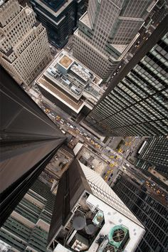 Intersection (NYC) by Navid Baraty