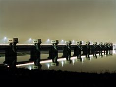 Satoshi Minakawa #night #photography #japan