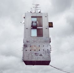Flying Houses – Fubiz™ #fly #house
