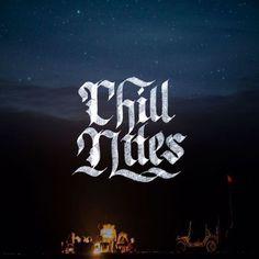 🌑 Chill Nites 🌑 - 📷by @felixplakolbdotcom / @unsplash - #chill #chillnights #calligraphy #calligraphypractice #handmadefont #letter