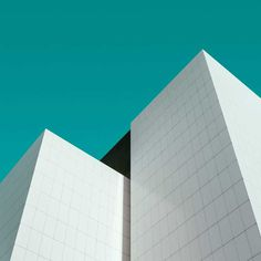 Spatial Interactions: Minimalist Architecture Photography by Jeroen Peters
