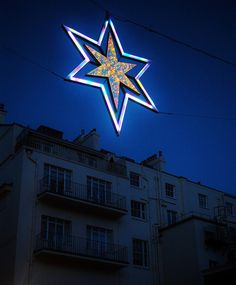 London twinkles | Flickr - david walby #london #walby #christmas #photography #star #david