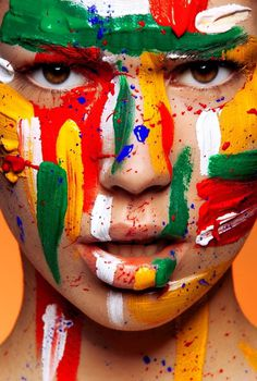 Beautiful Makeup & Body Painting by Viktoria Stutz | 123 Inspiration #paint #photography #color