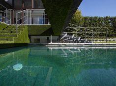 gonzales DMOA architecten house karla en koen designboom #pool