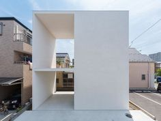 Little House with a Big Terrace by Takuro Yamamoto Architects. #takuroyamamotoarchitects #architecture #simplicity