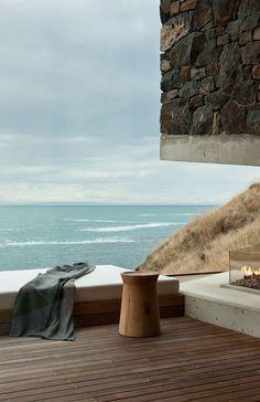 Seascape House – A Romantic Beachside Cottage