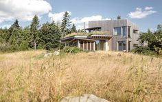Downeast Coastal House in Maine by Winkelman Architecture 12