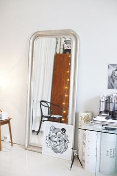 The Design Chaser: Interior Styling | Oversized Mirrors #interior #mirror #design