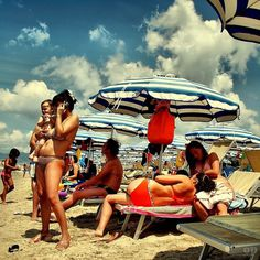 Cell phone Mom's Beach - Italians | Flickr - Photo Sharing! #umbrella #mom #cellphone #bikini #beach