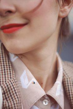 Smiling girl #smile #lips #girl #shirt