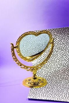 Still life - Taisido #still life #stillife #photography #mirror #pattern #texture #gold #heart mirror
