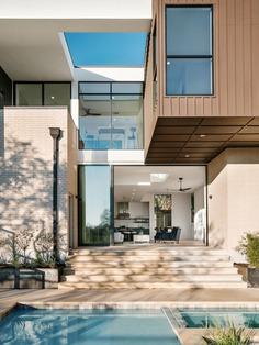 Allotted Space House / Matt Fajkus Architecture