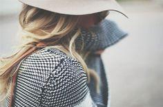 tumblr_myi6gmCrXh1qkpc62o1_1280.png (720×479) #fashion #hut #scarf #style